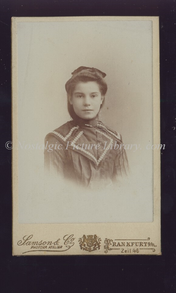 Cartes De Visite Image Of Young Woman In Fashionable Attire By